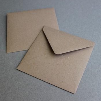 Paquete de sobres craft cuadrados